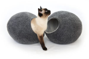 Wool Cat Bed